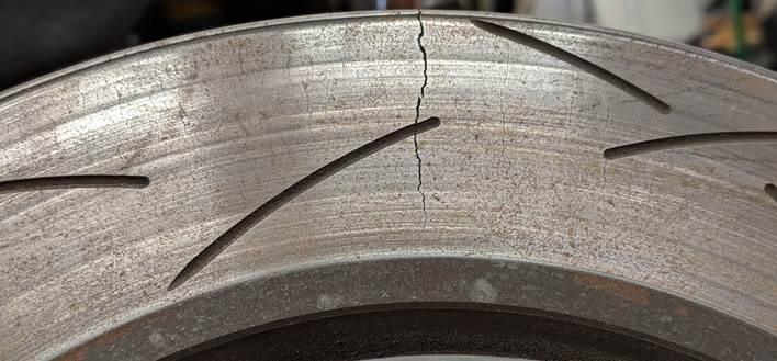 rotor-crack.jpg#asset:491719